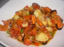 ensalada de mejillones con patatas